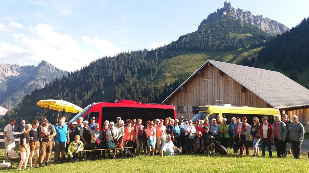 Sommerplausch Alpe Saroja