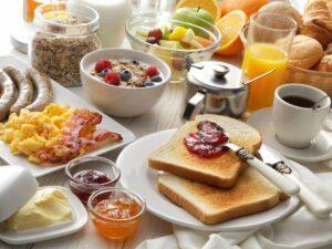 Frühstück auf Baumgarten
