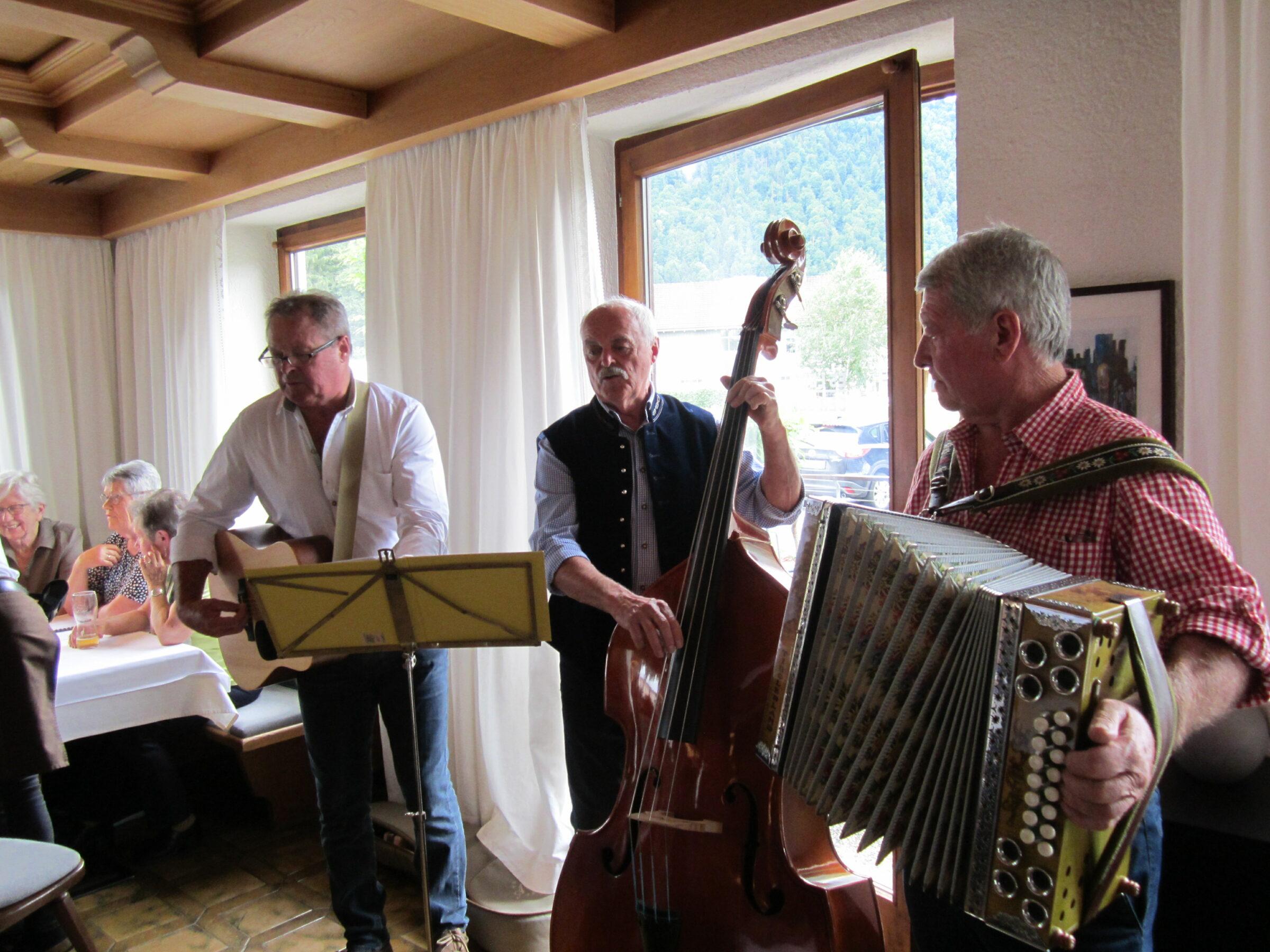 Musik- und Singnachmittag im Gasthof Löwen am 13.07.2021